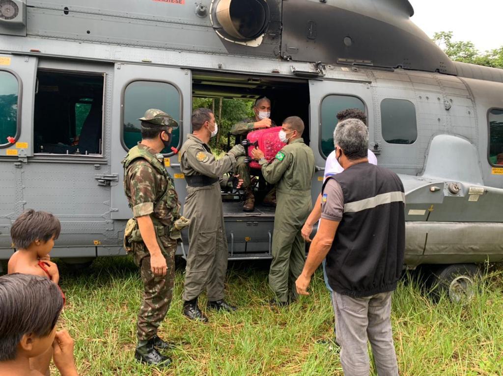 Comando Conjunto Norte apoia distribuição de vacinas para aldeia indígena Yuyrareta, no Amapá