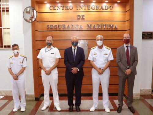 Comando de Operações Navais recebe visita de autoridades do Reino Unido no Brasil