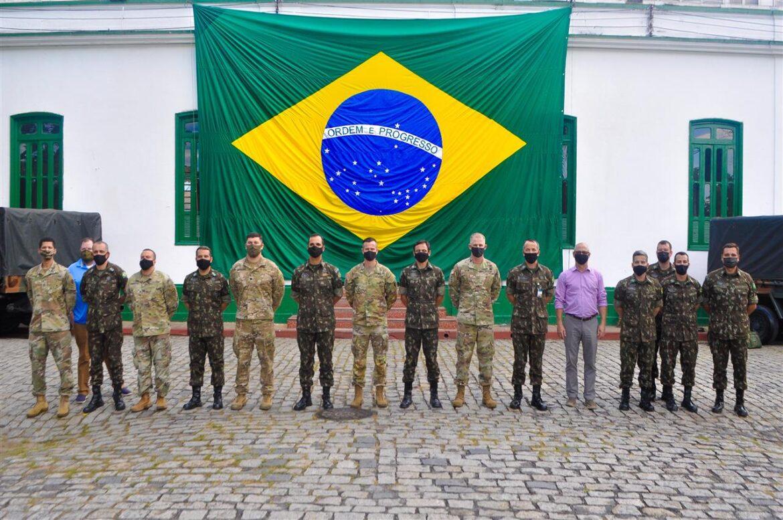 Batalhão recebe visita de comitiva do Exército dos Estados Unidos